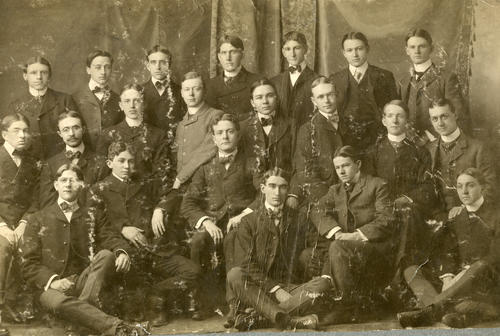 A group of brothers from the 1902 Zeta class, Description needs fixed