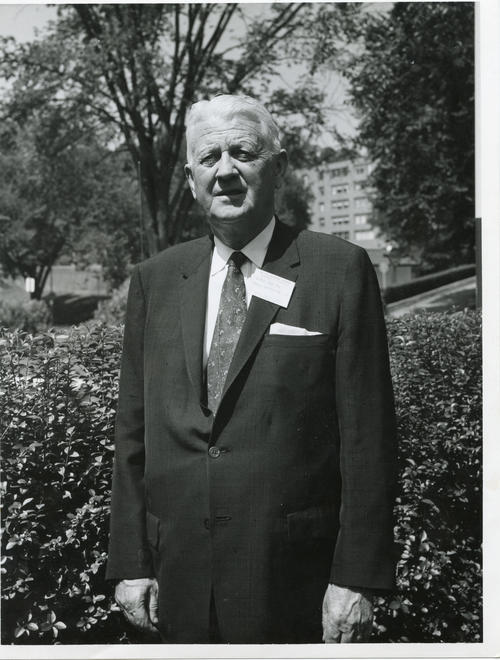 George Gunn Jr. (University of Washington 1916). The 112th Ekklesia was held in Washington, DC at the Shoreham Hotel, on August 24-27, 1960. There were 605 Brothers registered for the 112th Ekklesia.